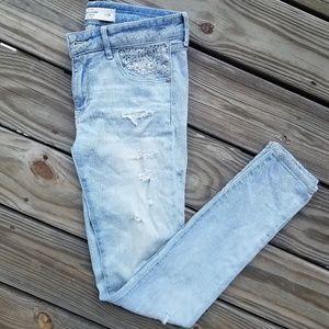 Rhinestone Embellished Light Wash Skinny Jeans
